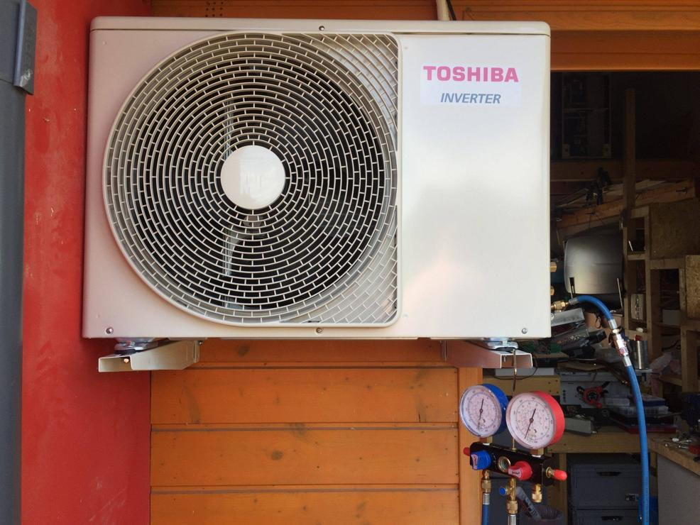 Finalni-mereni-u-instalace-venkovnii-jednotka-Toshiba